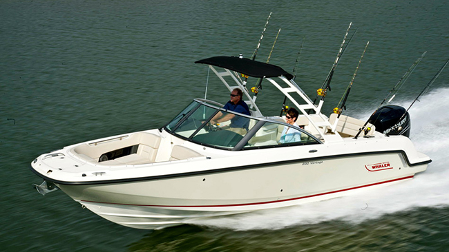 Boston Whaler Vantage 230