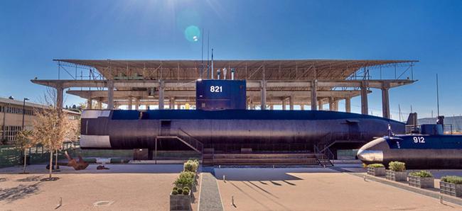 13. Il sottomarino di 50 metri P-821 Hero in esposizione al Porto Montenegro 650