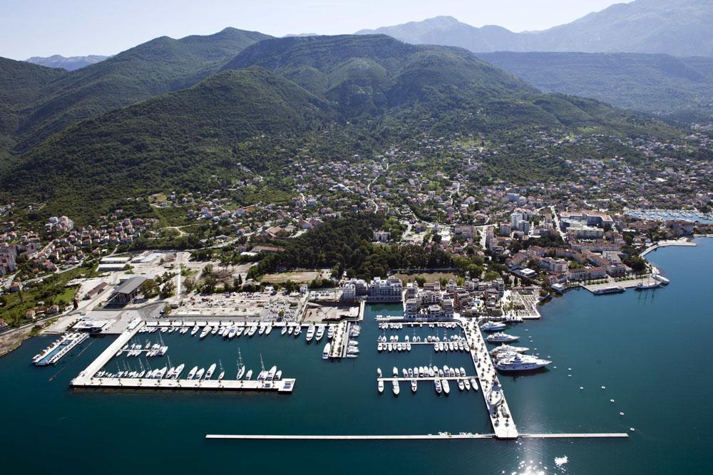 boatmag_charter_inspiration_venezia_porto-montenegro