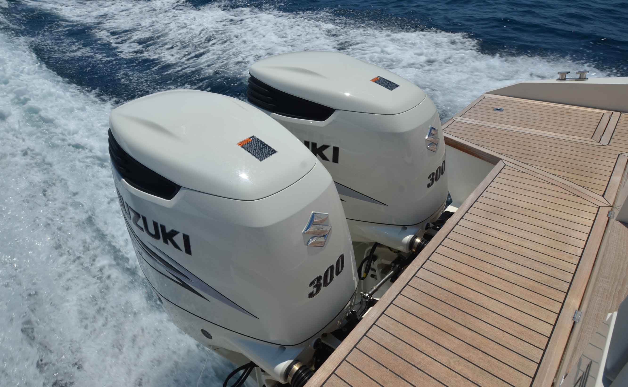 Fiart 33 Seawalker Suzuki DF300