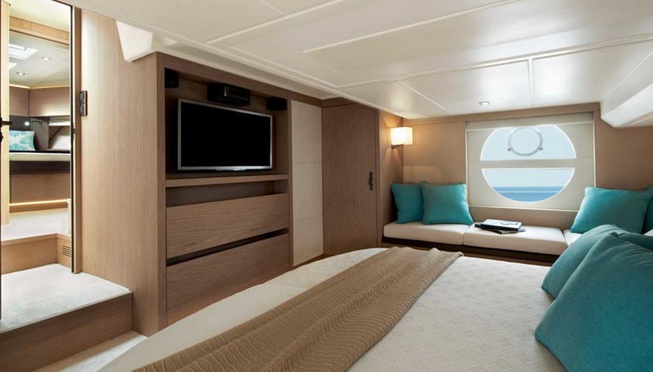 Monte carlo mc5 tutto il fascino di una grande barca for Monte alloro affitti di cabina