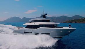 Oceanic-Yachts-90
