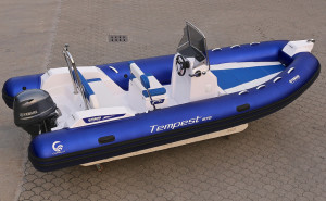 Tempest 570 'Racing' by Capelli (3)