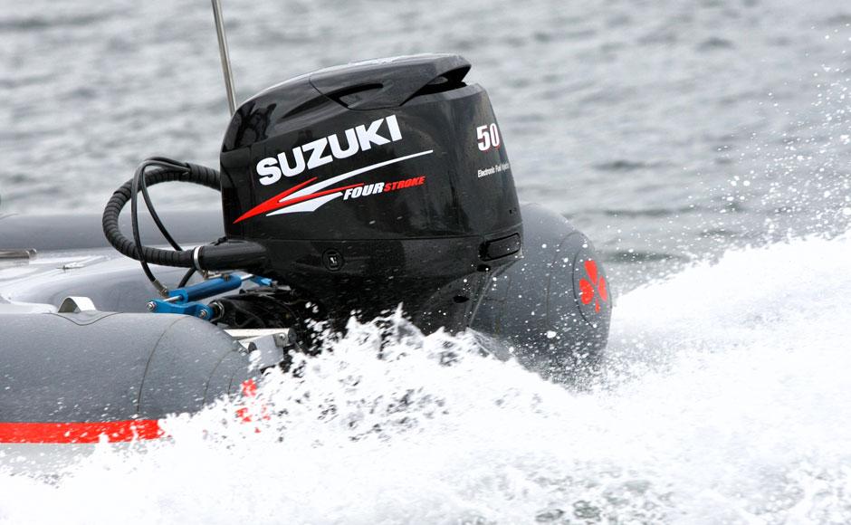 Suzuki_Raid50th_3