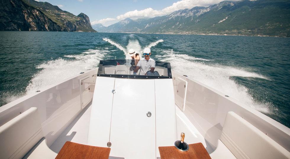 Frauscher-Boat-Limousine_Lefey-Resort-&-Spa-version-(54)