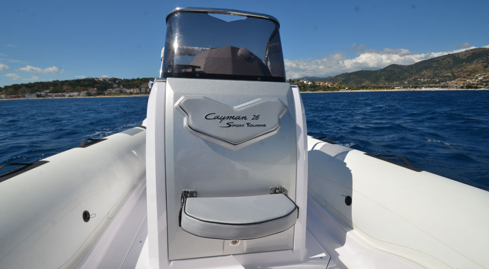 Ranieri-Cayman-26-Sport-Touring_9