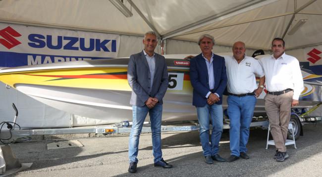 Da sinistra, Luca Zerbini, titolare di Uno Agency; Vincenzo Iaconianni, Presidente FIM; Tullio Abbate e Paolo Ilariuzzi, Direttore Commerciale della divisione Marine di Suzuki Italia.