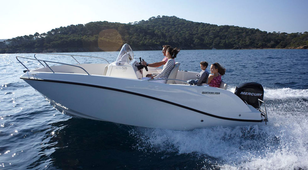 Quicksilver-555-Activ-Open_Nautica-Carlo