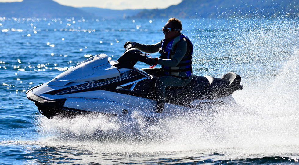 Yamaha-WaveRunner-VX-Cruiser_1