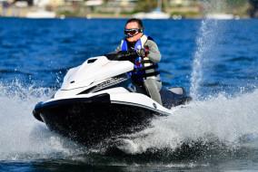 Yamaha-WaveRunner-VX-Cruiser_3