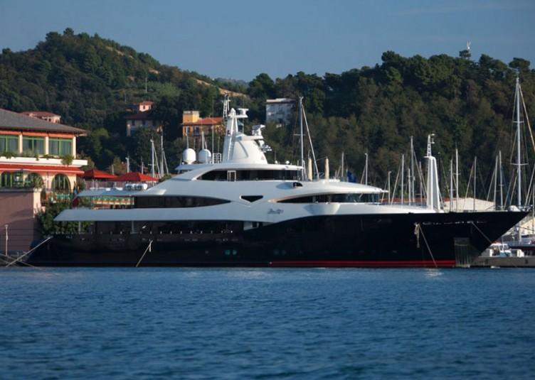 Porto-Lotti_Superyachts
