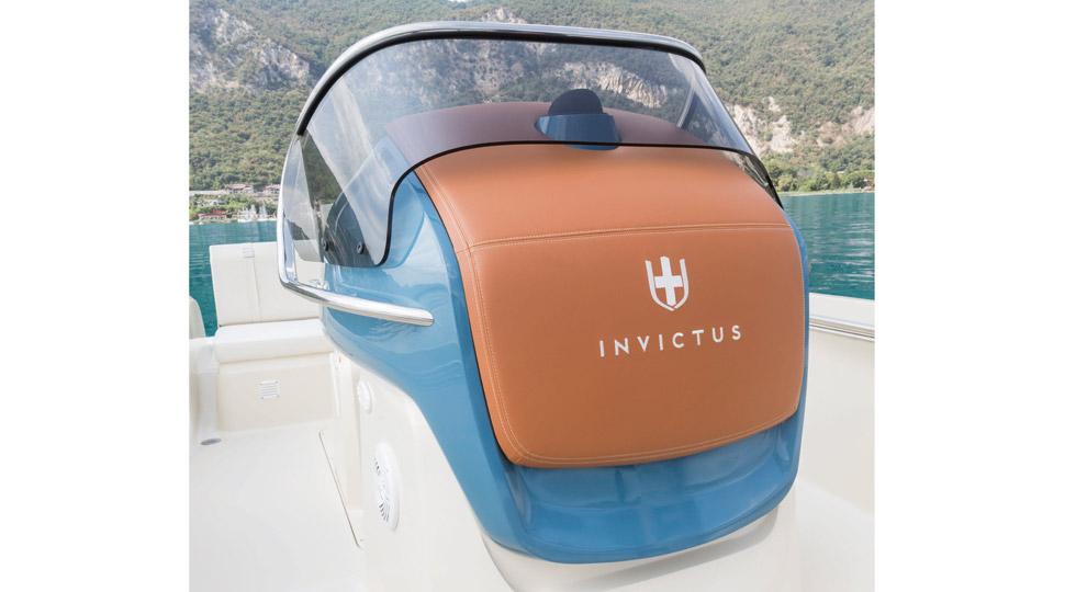 Invictus-200FX