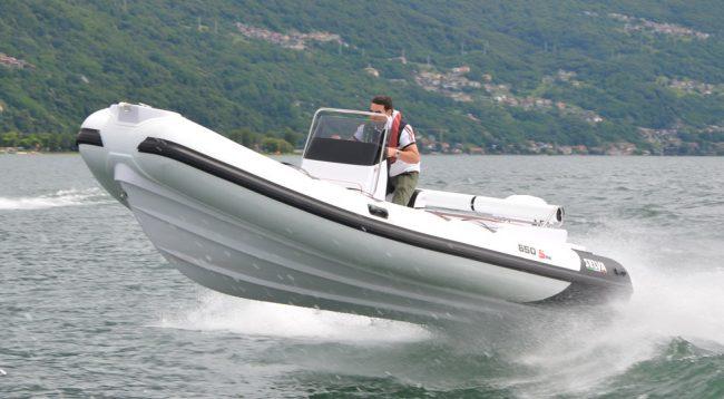 Selva-D650-DS-Special_Killer-Whale-XSR-150_2