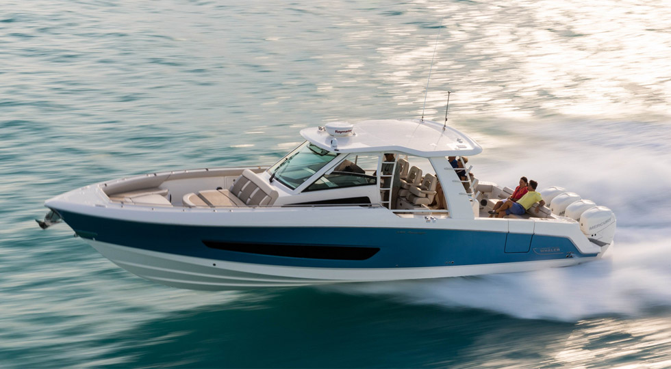 boston-whaler_420-outrage_11