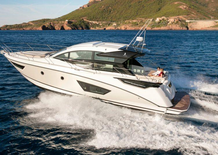 Sessa marine anticipa i modelli di d sseldorf sessa c44 e c38 - Diversi tipi di turismo ...